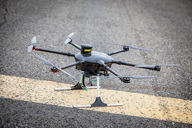 drone, aeromobile a pilotaggio remoto