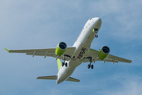 Professional Aviation - aereo Airbus A220