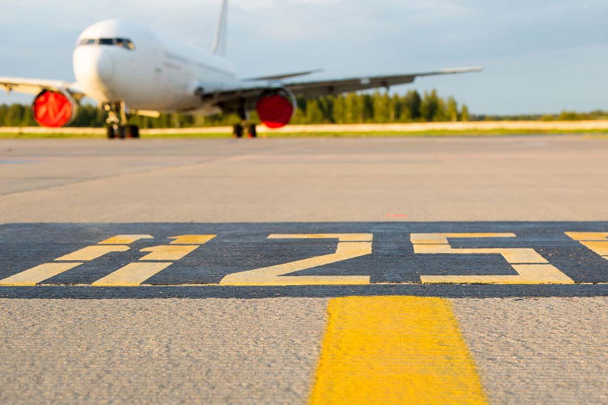 Professional-Aviation_segnaletica-in-pista